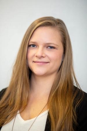 Rebecca Stoker | Knee Clinic